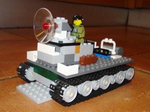 lego-laser-tank1